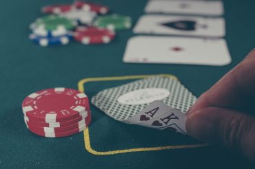 Insanely Good Poker Bluffs – Learn from the Best